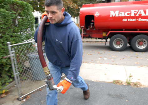 Image: Heating-oil delivery man