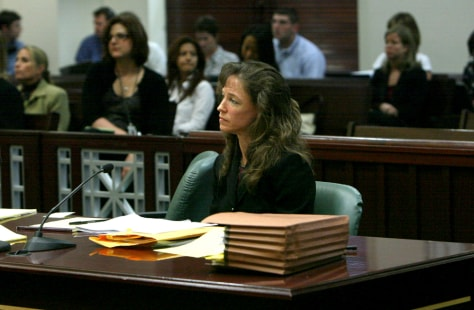 Image: Former NASA astronaut Lisa Nowak sits at the defense table in Orange County Court