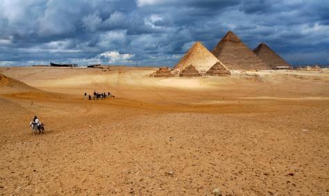 Image: Pyramids of Giza