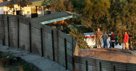 Image: Border at Tijuana