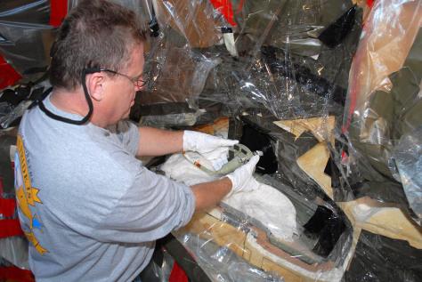 Image: Space shuttle repair