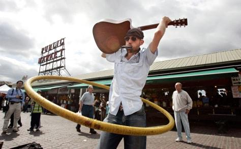 Image: Hula hoop