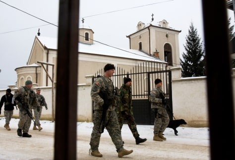 Image: U.S. National Guardsmen in Kosovo