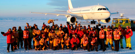Image: Group photo on ice runway