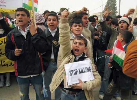 Image:Kurdish students protest Turkish incursion