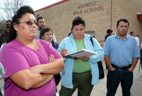 Image: PARENTS PROTEST STUDENT'S DEPORTATION