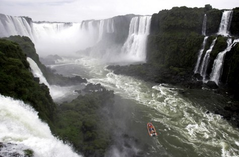 Image: Devil's Throat of the Iguazu Falls