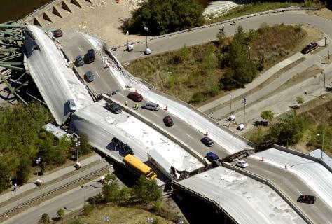 Image: Collapsed bridge