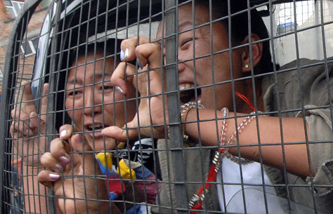Image: Detained Tibetans in Nepal