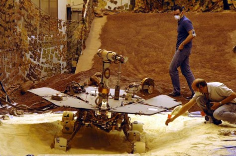 Image: Mars Exploration Rover model