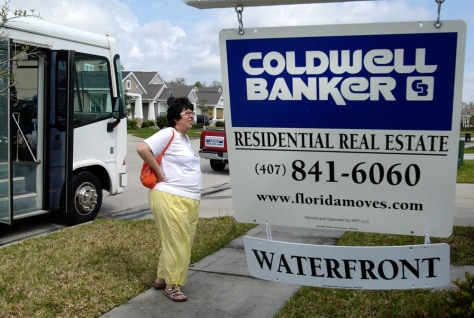 Image: Foreclosure bus tour