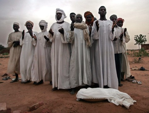 Image: Mourning in Darfur