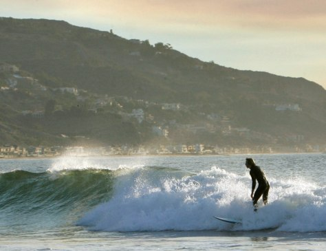 Image: Malibu wave