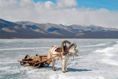 Image: Frozen Lake Khovsgol in Mongolia