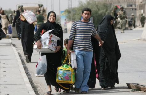 Image: An Iraqi family