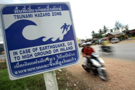 Image: Tsunami warning sign in Thailand