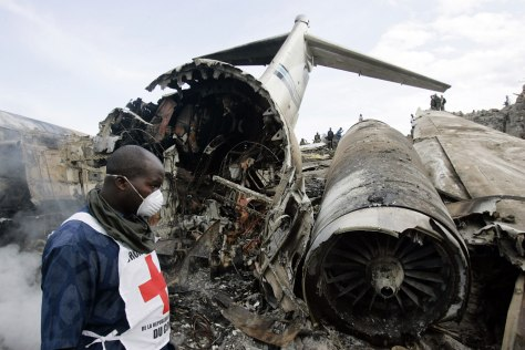 Image: Wreckage of a Congolese jetliner