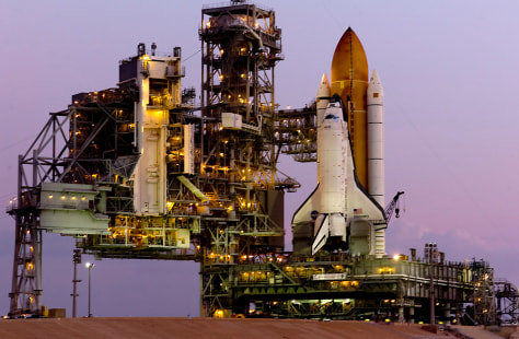 Image: Discovery on launch pad.