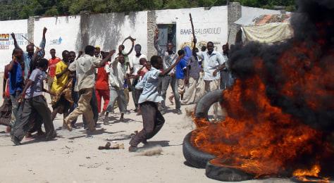 Image: Riots in Mogadishu