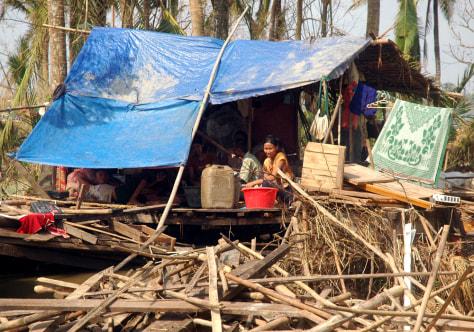 Image: Cyclone victims