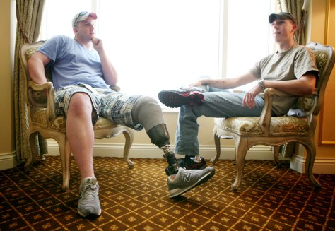 Image: Vets relax in Las Vegas