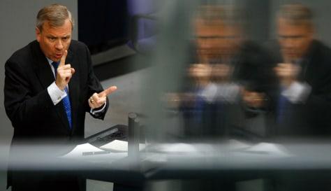 Image: NATO Secretary-General de Hoop Scheffer