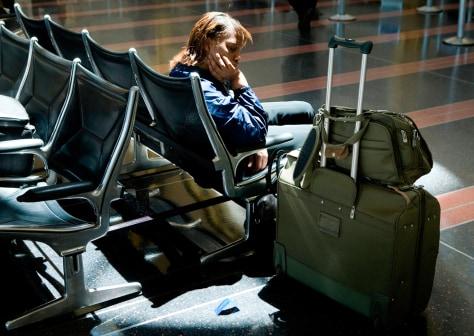 Image: Traveler in airport