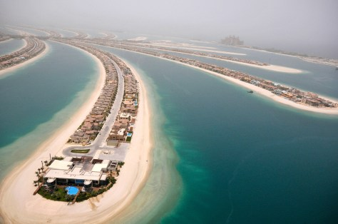 Image: Villas are seen on the The Palm, Jumeirah