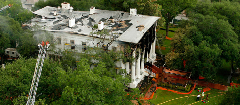 Image: Fire at governor's mansion