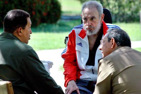 Image: Fidel Castro, Raul Castro, Hugo Chavez
