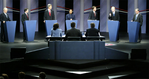 DEMOCRATIC PRESIDENTIAL CANDIDATES AT IOWA DEBATE