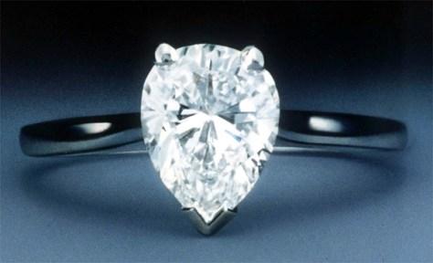 PEAR-SHAPED DIAMOND