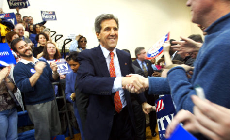 John Kerry Campaigns In Virginia