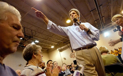 Kerry Campaign Swings Through Florida