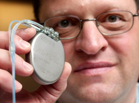 HEART DEFIBRILLATOR IMPLANT