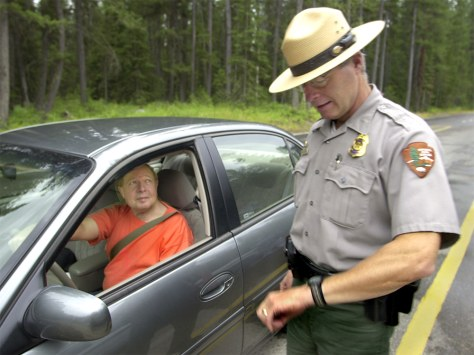PARK RANGER HELPS MOTORIST