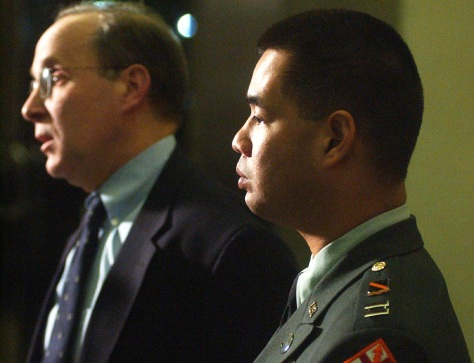 Image: Army chaplain Capt. James Yee, right, with his attorney.