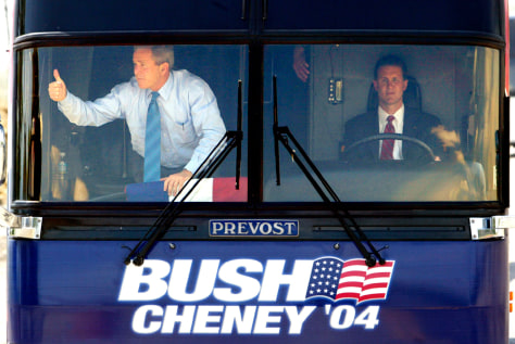 US PRESIDENT BUSH TALKS ABOUT THE ECONOMY DURING A CAMPAIGN STOP
