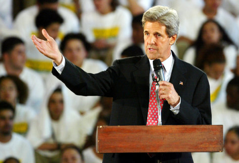 John Kerry addresses students in Philidelphia