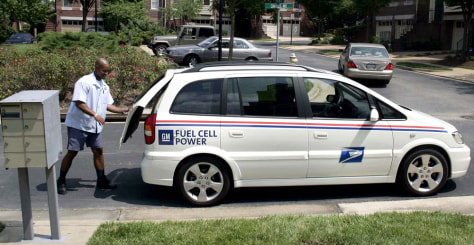 US POSTAL SERVICE USES FUEL CELL VEHICLE
