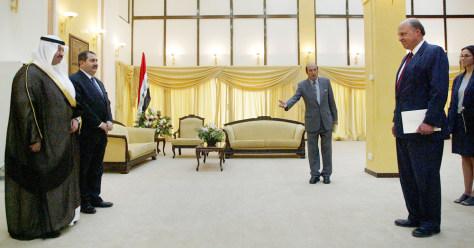 New Ambassador Negroponte Meets With Iraqi Officials
