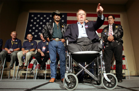 Former Senator Max Cleland speaks at Veterans Caucus in Boston