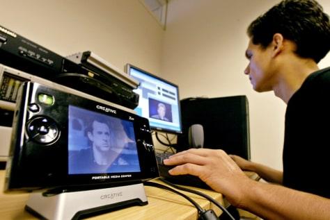 CinemaNow employee encodes film