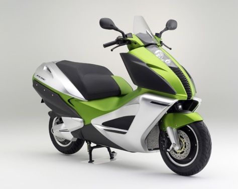 HONDA FUEL CELL SCOOTER