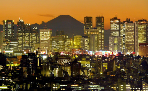 Image: Tokyo's skyline and Mount Fuji