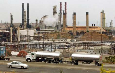 CHEVRON REFINERY IN CALIFORNIA
