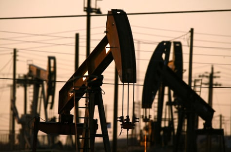 Image: Oil wells