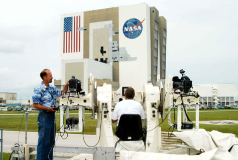 Image: Photographing the VAB