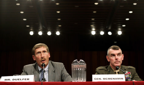 Charles Duelfer speaks alongside Brigadier General McMenamin at Senate Armed Services hearing