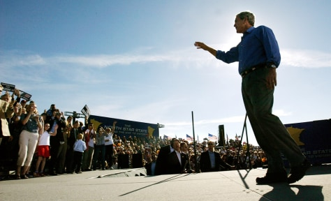 President Bush Campaigns in Iowa and Minnesota